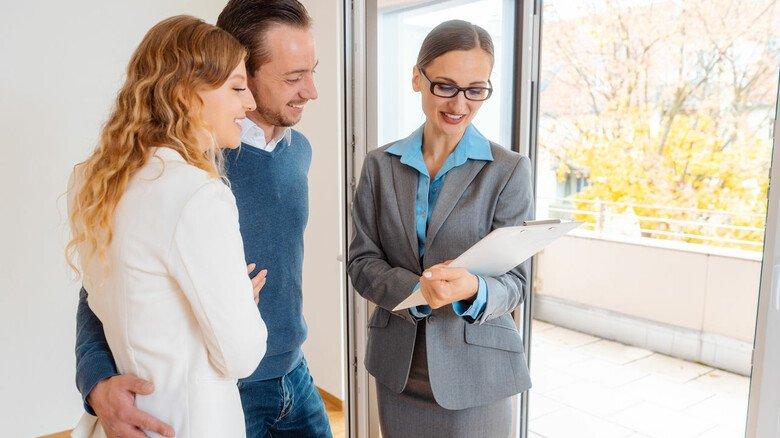 Checkliste: Bevor man einen Mietvertrag unterschreibt, sollte man lieber ganz genau hinschauen, was darin geregelt ist.