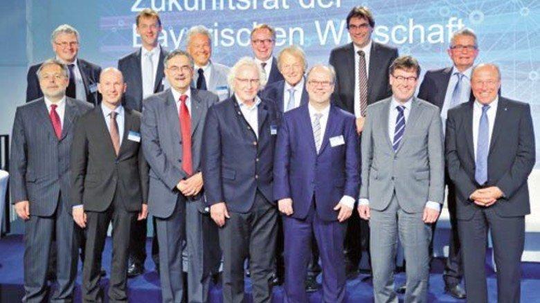 Hochkarätige Experten: Die Mitglieder des Zukunftsrats der Bayerischen Wirtschaft. Foto: vbw