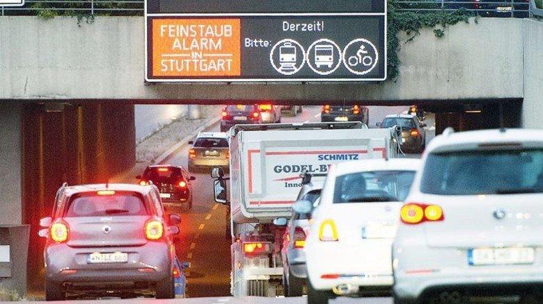 Brennpunkt Stuttgart: Diesel-Abgase sorgen für Aufregung. Foto: dpa