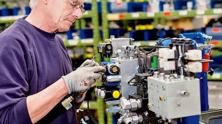 Ideengeber Colin Roe: Er regte an, die Montage von Hydraulikteilen zu optimieren. Foto: Küstner