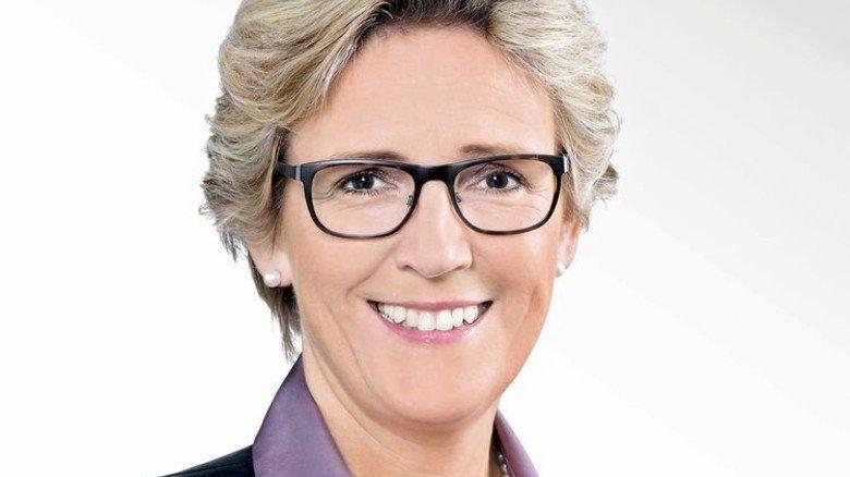 """""""Wir müssen den Weg zu mehr Flexibilisierung in den nächsten Jahren fortsetzen."""" Angelique Renkhoff-Mücke, Verhandlungsführerin der bayerischen M+E-Arbeitgeber, nach dem Tarifabschluss im Mai 2016. Foto: Verband"""