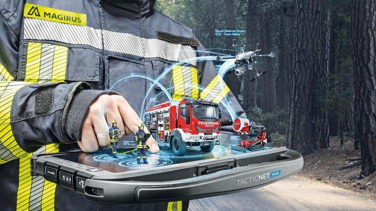 Steuerzentrale: Mit solchen Geräten können Einsatzleiter jetzt alle Aktivitäten besser koordinieren.