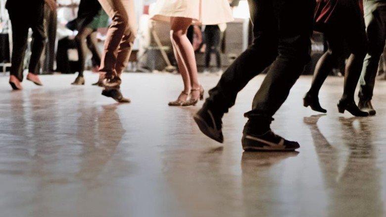 Im Trend: Allein in den ADTV-Tanzschulen tanzen zwei Millionen Menschen. Foto: Fotolia