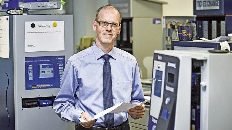 Spannende Aufgabe: Bei Crown Technologies leitet der 54-Jährige den Bereich Konstruktion. Foto: Christian Augustin