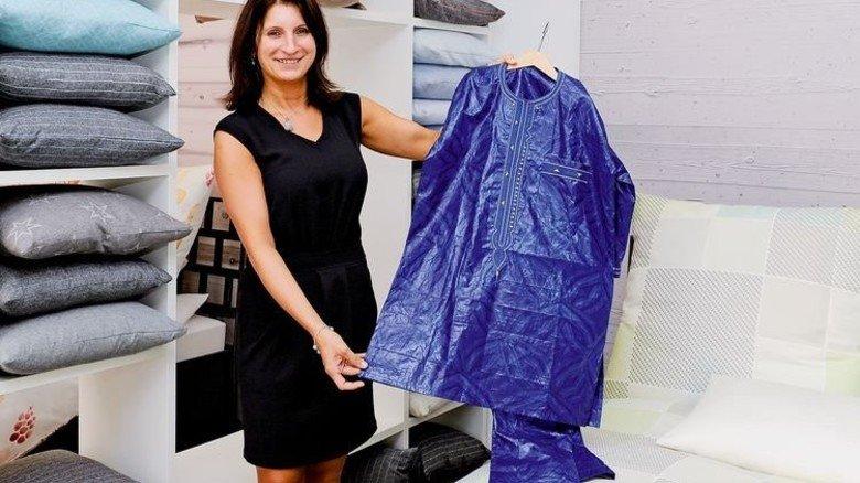 Ausgefallen: Marketing-Leiterin Beata Rauer mit einem Bou Bou. Foto: Wirtz