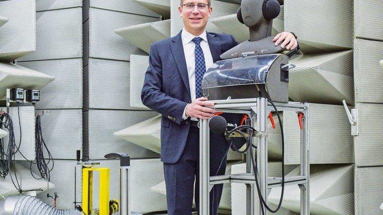 Mathias Miedreich, Vice President Faurecia Clean Mobility Europe, ist überzeugt: Auch zukünftig wird es verschiedene Lösungen für Mobilität geben. Foto: Puchner