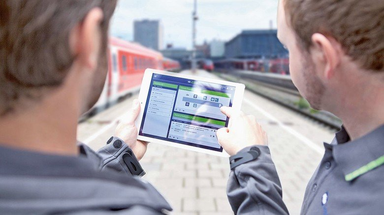 Übersicht: Mit digitalen Helfern haben Lokführer oder Wartungsmitarbeiter wichtige Daten des Zugs stets im Blick.
