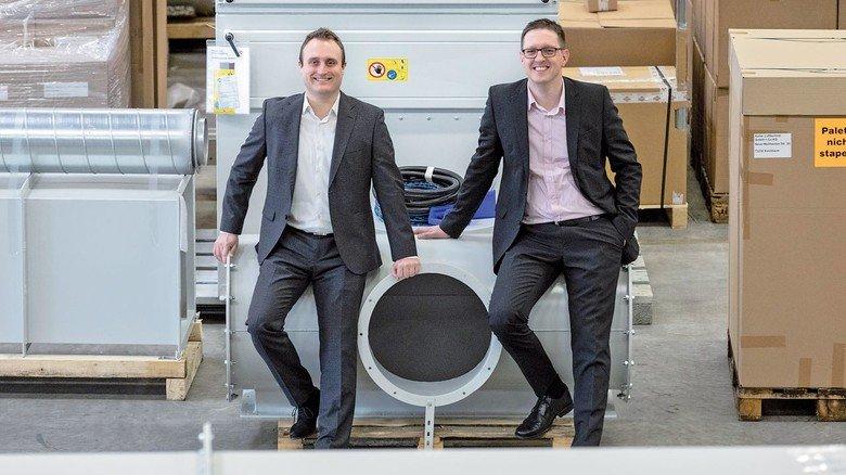 Sie haben was gegen schlechte Luft: Oliver Haase (links) und Jens Kuhn von Keller Lufttechnik.