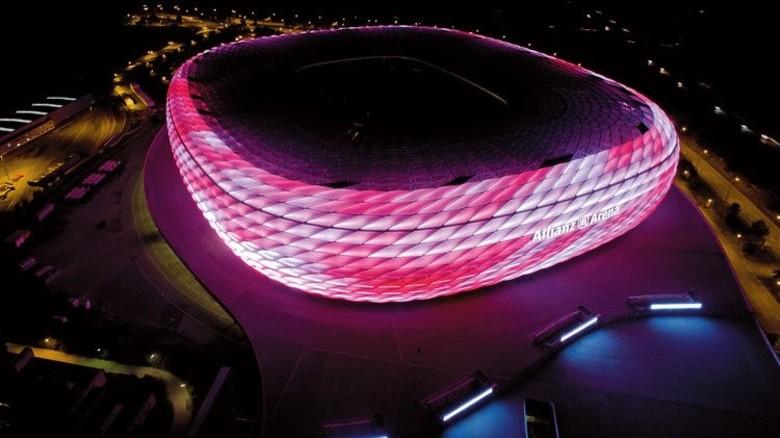 Erleuchtet: Die Allianz-Arena nach der Umrüstung. Foto: Werk