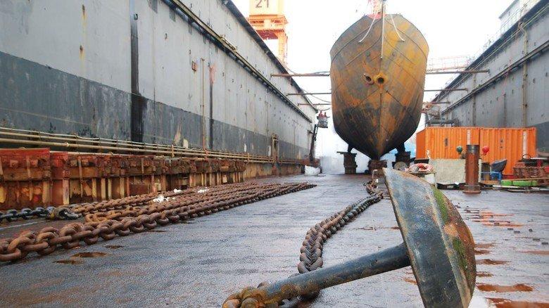 Schwergewicht: Der Pilzanker, der das Feuerschiff früher auf seiner Position hielt, hängt an einer mächtigen Stegkette.