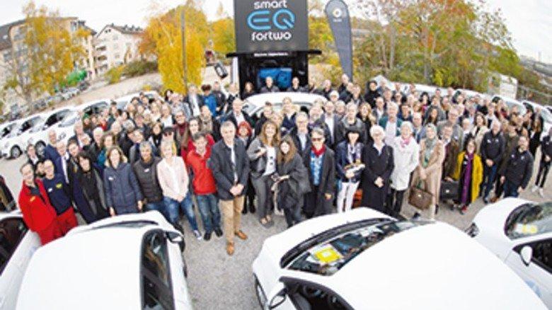 Autos als Spende: Daimler macht Ehrenamtler mobil. Foto: Werk
