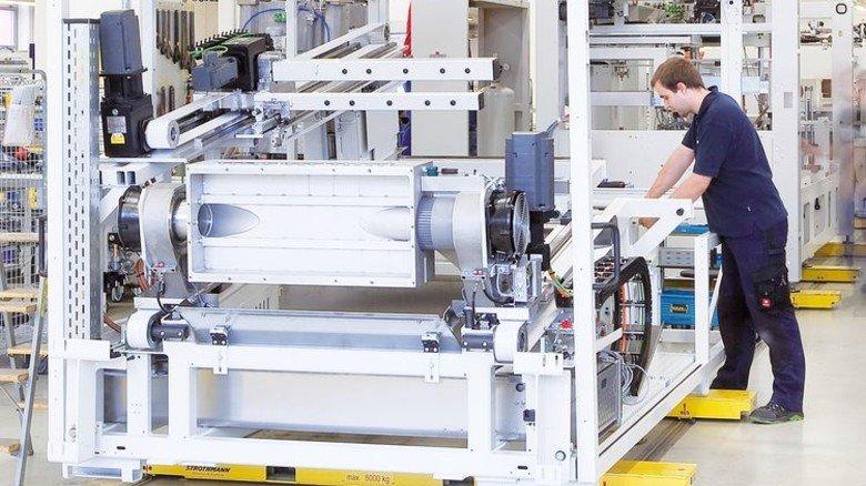 Hightech: Viele der Maschinen, die Schalen und Becher produzieren, kommen aus Heilbronn. Foto: Werk