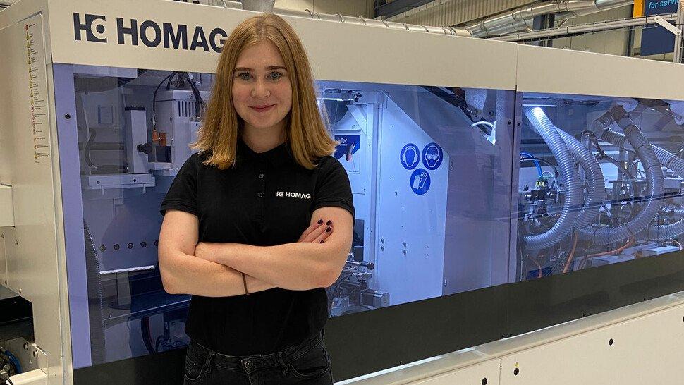 Katharina Schnell (22), Auszubildende zur Produktionstechnologin bei der Homag-Gruppe in Schopfloch, die Holzbearbeitungsanlagen in alle Welt liefert.