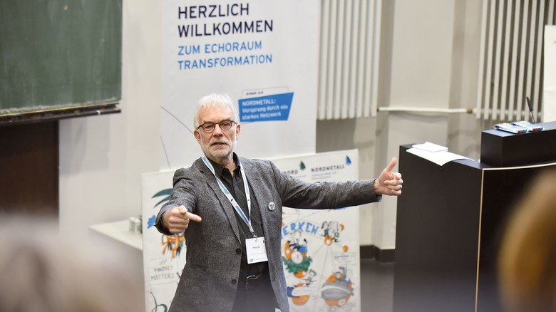 Gemeinsam in die Zukunft: Karlheinz Pape, Experte für Corporate Learning, übernahm die Moderation.
