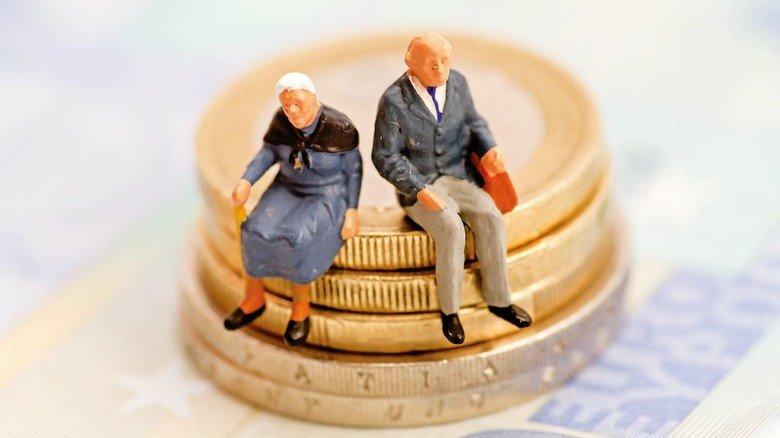 Nicht sicher vor dem Fiskus: Durch Rentenerhöhungen werden immer mehr Ruheständler wieder steuerpflichtig.