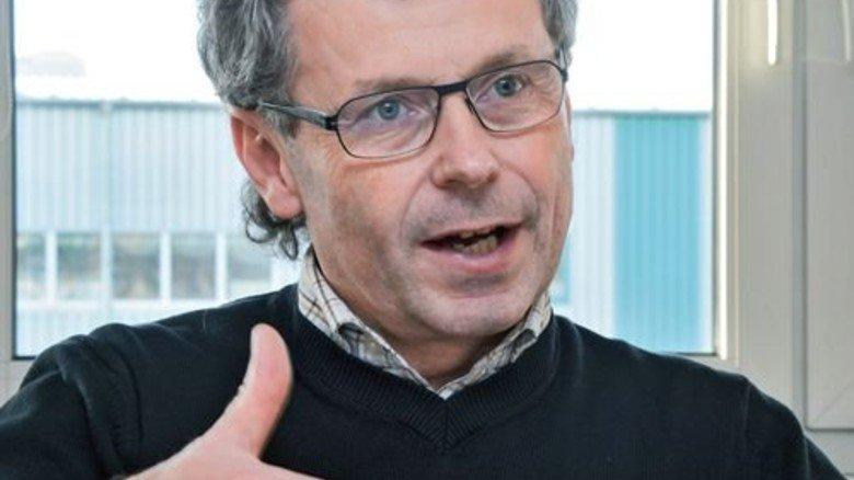 """""""Im Fokus stehen Betriebssicherheit, Explosions- und Grundwasserschutz."""" Olaf Fuchs, Standortleiter des Tüv Süd Chemie Service in Schkopau. Foto: Sturm"""
