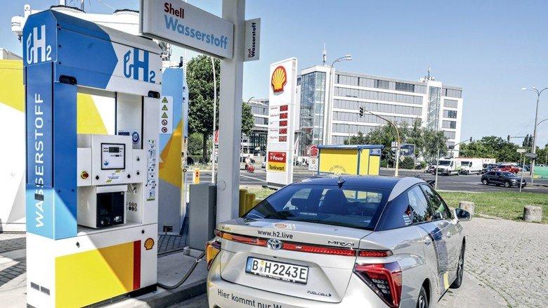 Wasserstofftankstelle: Die Technik muss enorme Drücke aushalten, bis zu 900 Bar.