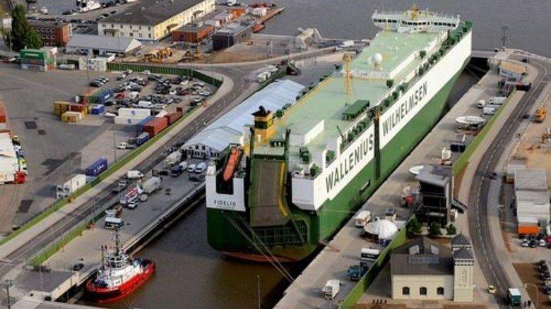 Kaiserschleuse: Wenn die nicht funktioniert, stehen Teile des Hafens still. Foto: Bremenports