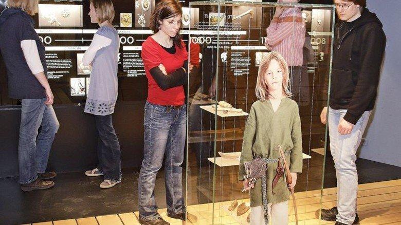 Anschaulich: Das Museum zeigt, wie die Menschen damals aufwuchsen und lebten. Foto: Freilichtmuseum Haithabu