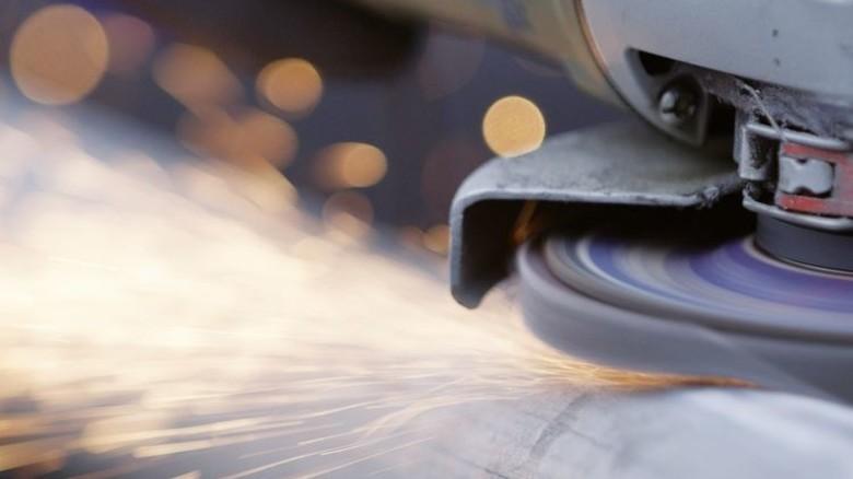 Extreme Kräfte: Der Textilträger im Innern der Schleifscheibe muss Hitze und Druck trotzen. Foto: Werk