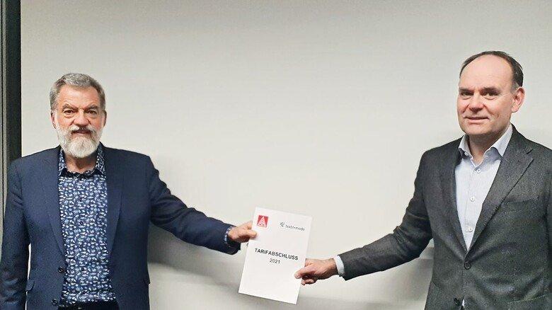 Verhandelten die Nacht durch: Markus Simon (rechts), der Verhandlungsführer der Arbeitgeber, und Manfred Menning, der Vertreter der IG Metall.