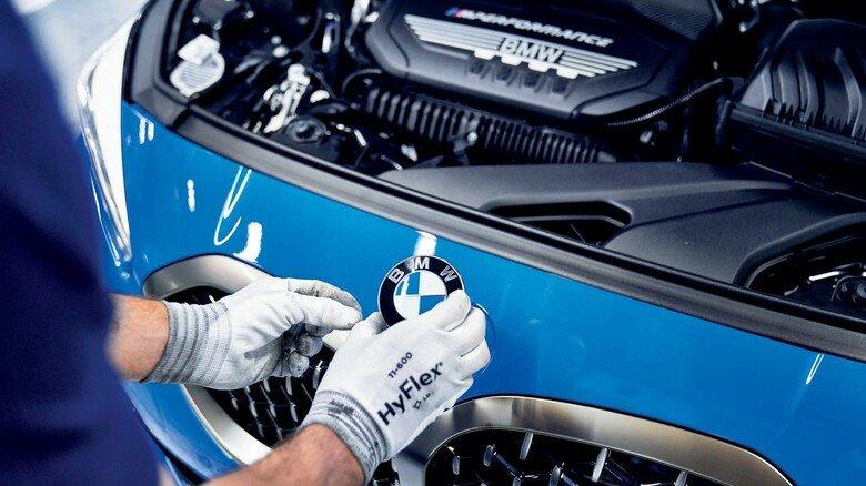 Maßarbeit: Im BMW-Werk in Leipzig rollen täglich rund 1.000 Neuwagen des bayerischen Konzerns vom Band.