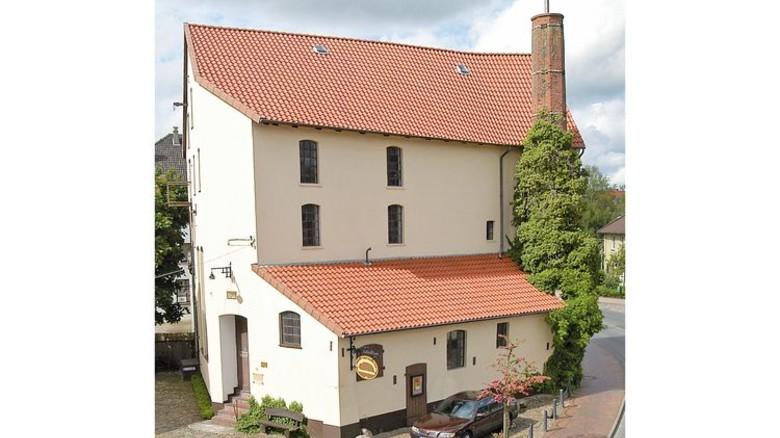 Zeitreise: In der 1857 gegründeten Destille in Wildeshausen ist heute ein Brennereimuseum. Foto: Brennereiverein Wildeshausen
