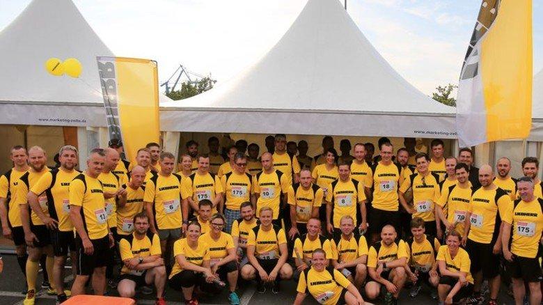 Motivierte Mannschaft: Die Sportler von Liebherr in Rostock. Foto: Werk