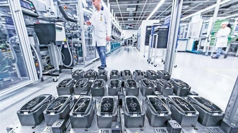 Design trifft  Technik: Bei Autoschlüsseln ist die Gestaltung so  wichtig wie die Funktion. Foto: Mierendorf
