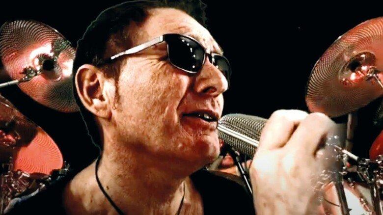 Gestylt in seinem Element: Während der Corona-Pause hat Grünert an einem Musikprojekt mitgewirkt – aufwendiges Video inklusive.