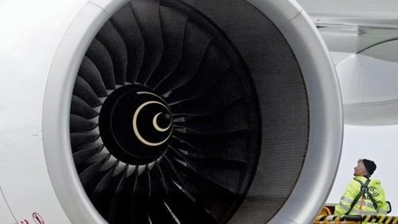 Flugzeugturbine: Die Schmierfette halten hohen Belastungen stand. Foto: dpa