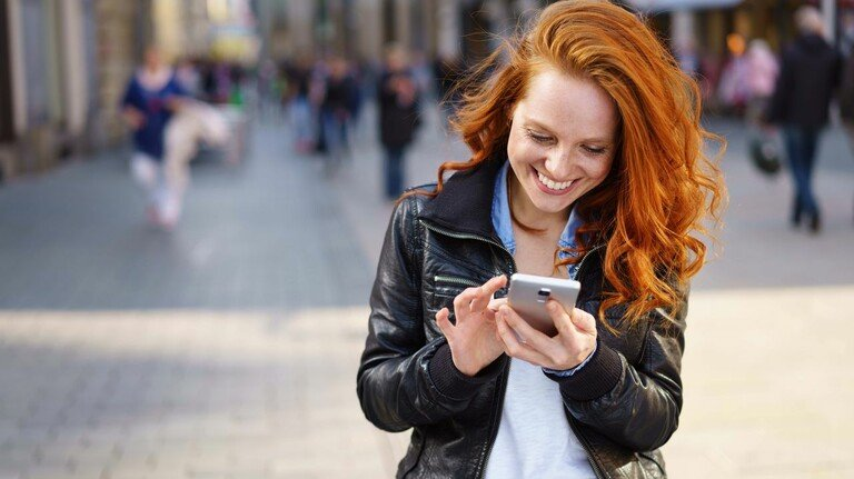 Immer und überall: Mobiles Banking ist bequem, man sollte aber auch einige Regeln beachten.