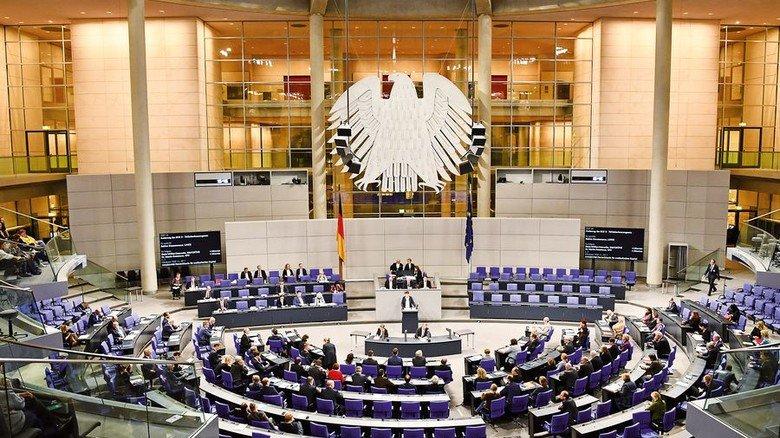 Das hohe Haus: Abgeordnete während einer Plenarsitzung im Deutschen Bundestag. Foto: dpa