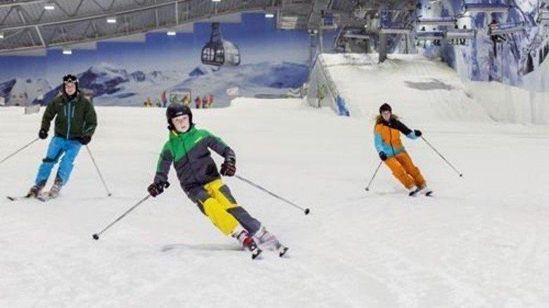 Pulverschnee bei minus drei Grad: In der Skihalle Neuss ist immer Winter. Foto: Pruckner/allrounder