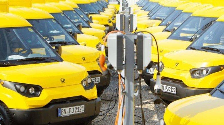 An der Strom-Tanke: Die Reichweite des E-Autos beträgt je nach Version zwischen 120 und 200 Kilometer. Foto: Streetscooter
