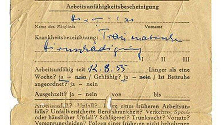 Ein Klassiker des deutschen Sozialstaats: Den gelben Schein gibt es schon seit Jahrzehnten.