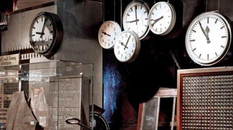 Zeichen der Zeit: Zechenuhren im Essener Ruhr Museum. Foto: Gonzalez
