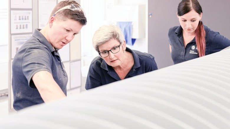 Optimiert Prozesse: Projektleiterin Astrid Niedermeier (Mitte). Foto: Werk