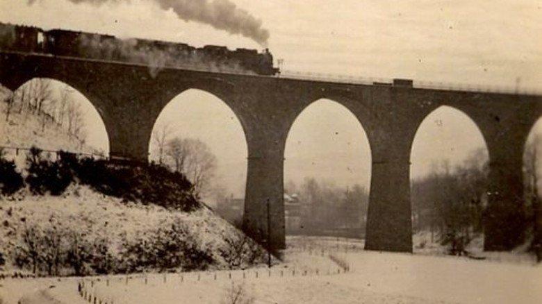 Zeitreise: Einst schnauften auf der Niederbergbahn Dampfrösser … Foto: Stadtarchiv Heiligenhaus