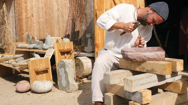Altes Handwerk: Wie haben die Slawen gearbeitet? Hier wird es anschaulich gezeigt.