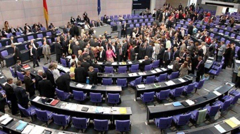 2011: Nuklearkatastrophe im japanischen Fukushima; der Bundestag beschließt mit breiter Mehrheit den vollständigen Atomausstieg bis spätestens Ende 2022. Foto: dpa