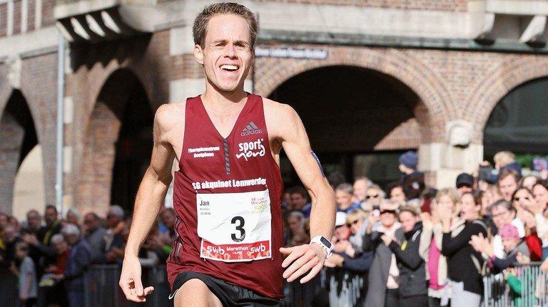 Sieg in Bremen: 2018 war Knutzen schnellster Teilnehmer beim Marathon in der Weserstadt.