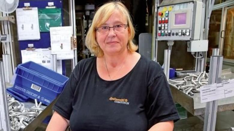 Froh über Teilzeit: Regina Lambacher konnte nach einer Krankheit nicht mehr voll arbeiten. Foto: Mierendorf