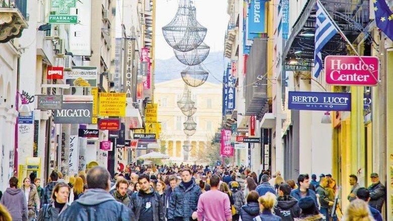 Neues Lebensgefühl in Athen: Die Griechen können jetzt auf bessere Zeiten hoffen. Foto: Roth