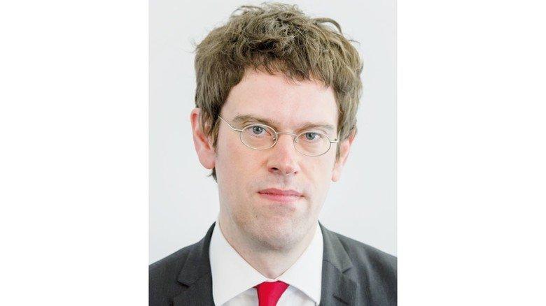 Experte für Arbeits- und Tarifrecht: Stefan Sträßer