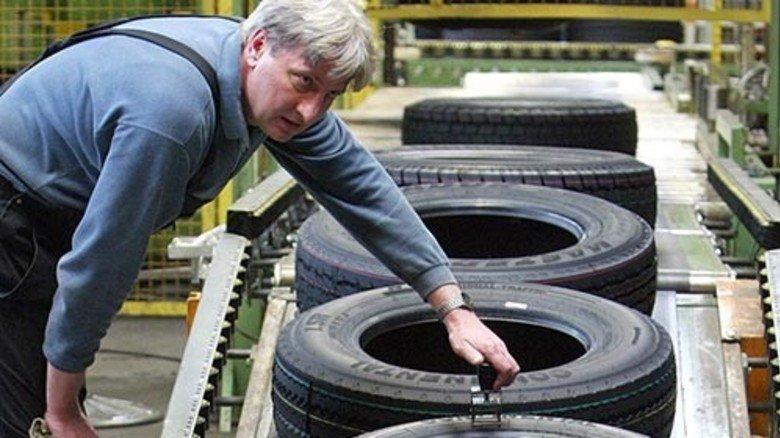 Reifenmarkt: Der Absatz in Europa geht zurück, die Hersteller müssen ihre Umsatzziele senken. Foto: dpa