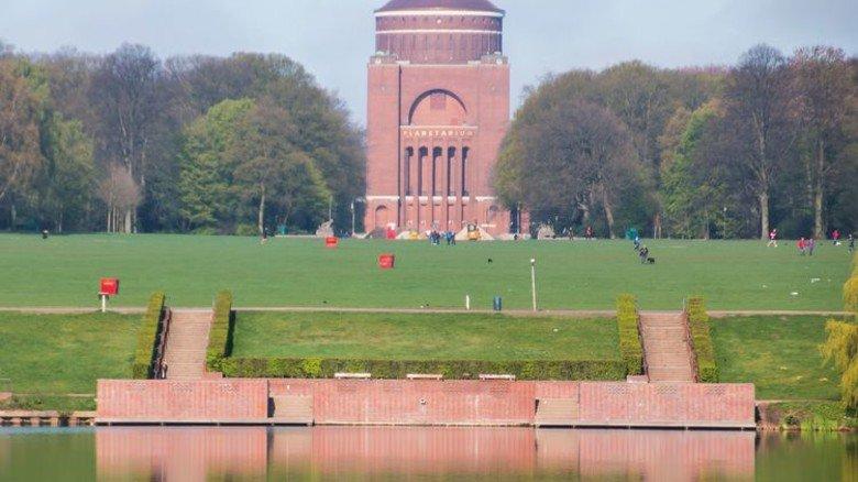 Denkmal: Das Planetarium befindet sich in einem alten Wasserturm. Foto: dpa