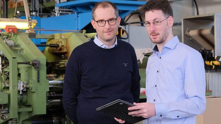 Entwickeln und forschen für die Gummibranche: DIK-Wissenschaftler wie Benjamin Klie und Nils Hendrik Kröger (von links).
