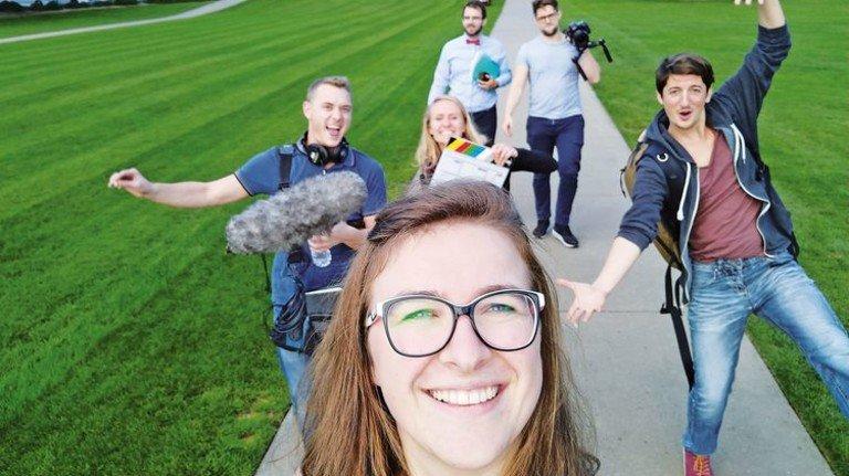 """Abenteuer USA: Diese deutschen Studenten, die sich nie zuvor gesehen hatten, flogen für die """"Dürr Challenge"""" ins Silicon Valley. Foto: Werk"""