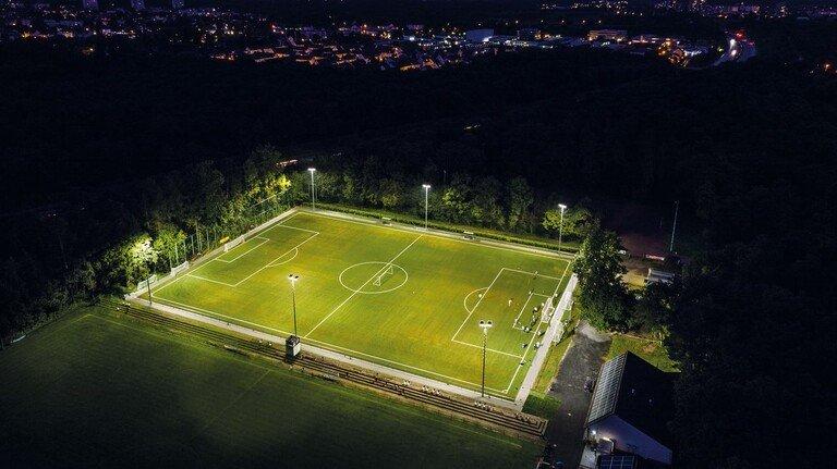 Gute Sicht: Neue Beleuchtung von Siteco, unter anderem für Outdoor-Plätze.